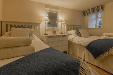 Campbell Cottage Bedroom 2