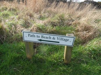 Path to village of SAndhead