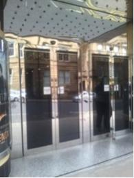 Image of GFT electronic entrance doors closed
