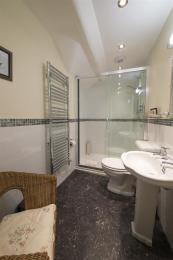 Fisherbeck Nest Ensuite Shower Room