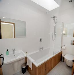 1st Floor Family Bathroom