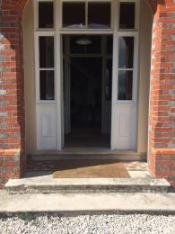 Abbots Court front door has 3 steps (an alternative main entrance is available)