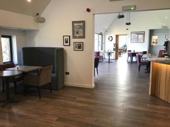 Lounge bar to garden room