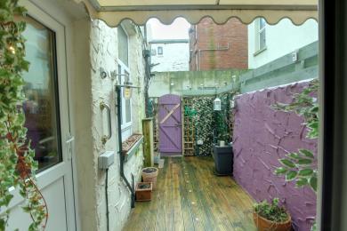 Courtyard garden at The Bromley Central