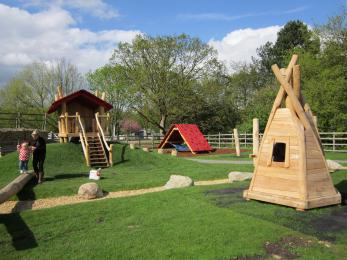 Oak Leaf play area