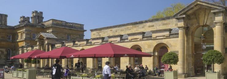 Oxfordshire Pantry outdoor seating