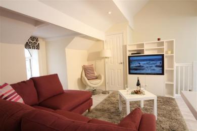 Rose Loft Lounge