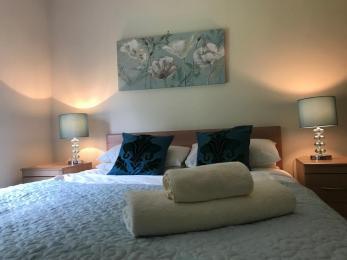Rowan King Size Room