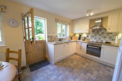 Yewdale Cottage Kitchen