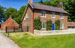 Holme Wold Farm Holiday Cottage