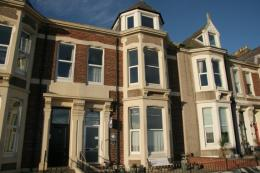 Seafront Apartments is located in a magnificent Victorian terrace on the seafront in Cullercoats