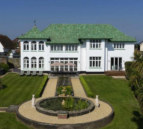 The Art Deco HouseUK in Shanklin, Isle of Wight