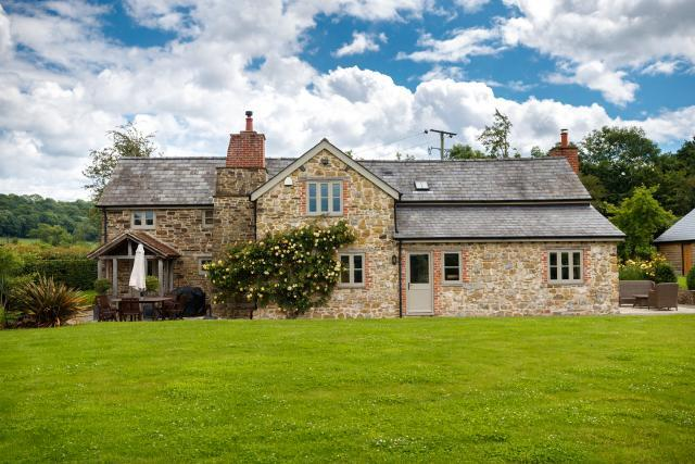 5* Gold, Luxury, Clean Holiday Property in peaceful stunning countryside