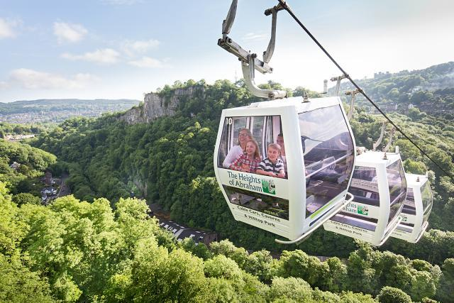 Cable Cars travelling over the Derwent Valley
