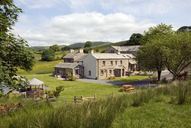 The Hyning Estate, Luxurious, 5 Star, Green(Eco) Self-Catering Cottages for The Lake District and the Yorkshire Dales